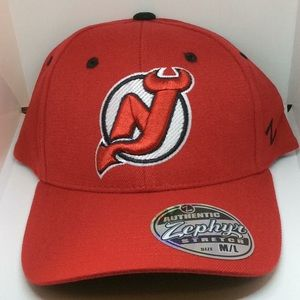 Zephyr NHL New Jersey Devils Red And Black Cap